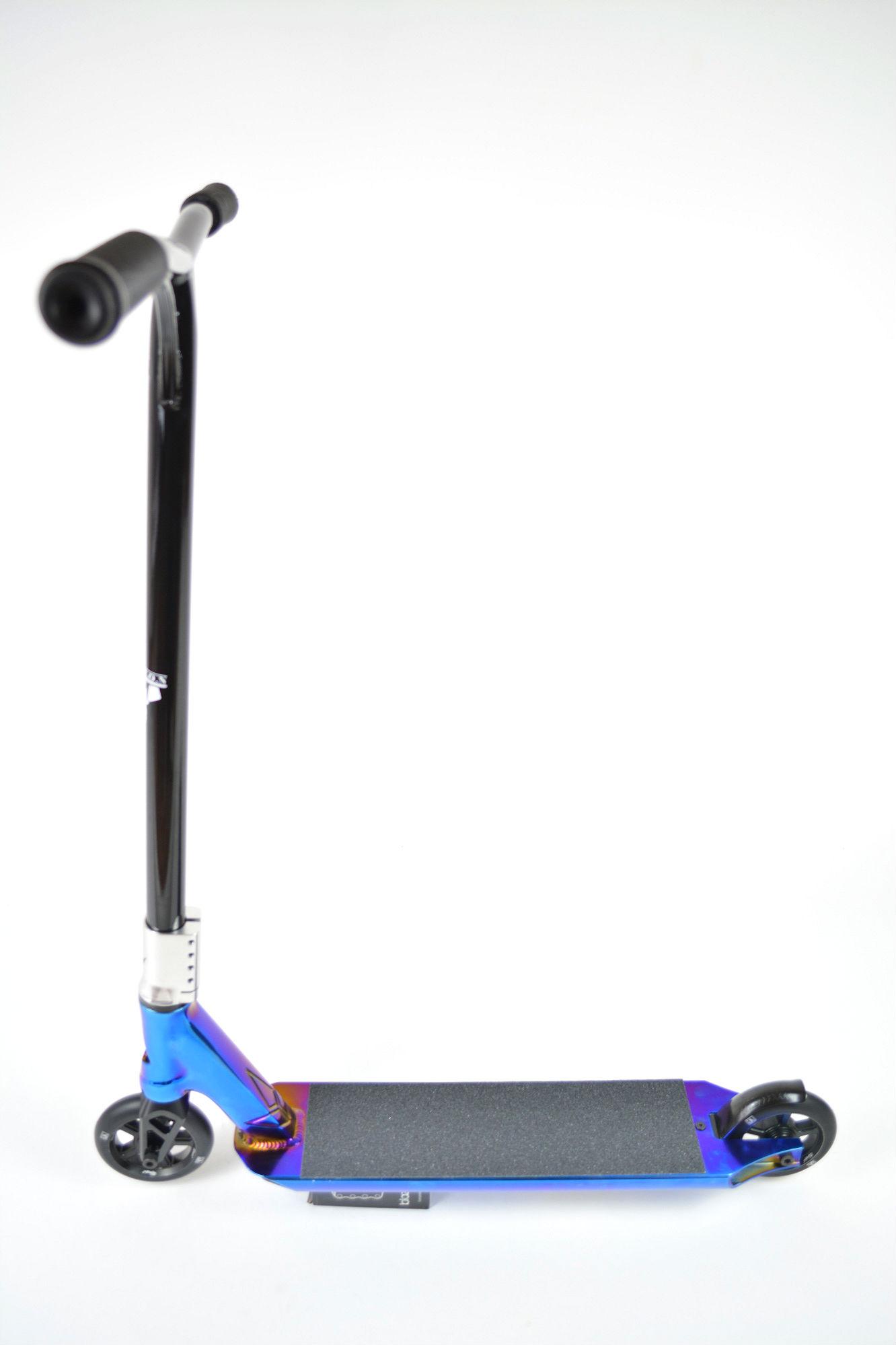 Blunt AOS V3 Jesse Ikedah Patron Custom Stunt Scooter Black